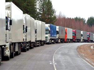 Польская таможня рассказала об уменьшении очередей на границе с РФ.